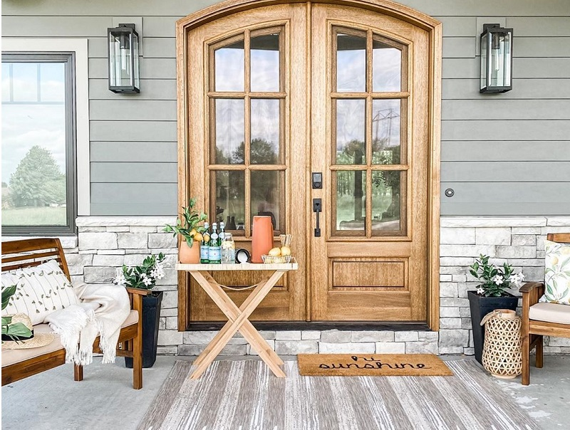 Best Overwhelming Farmhouse Style Decor Ideas For Porch