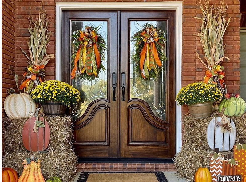 Creative Eye-Catchy Decor Ideas For Front Door