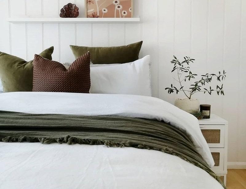 Comforting Scandinavian Style Bedroom Décor